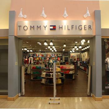 21d9cd393a Predajne oblečenia Tommy Hilfiger – MojeOblečenie.sk