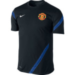 423942 041 3 150x150 Nike Manchester United SS Pre Match 355105 010